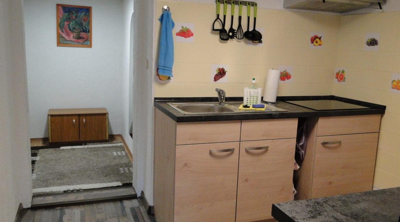 Küche mit Induktionsherd.....